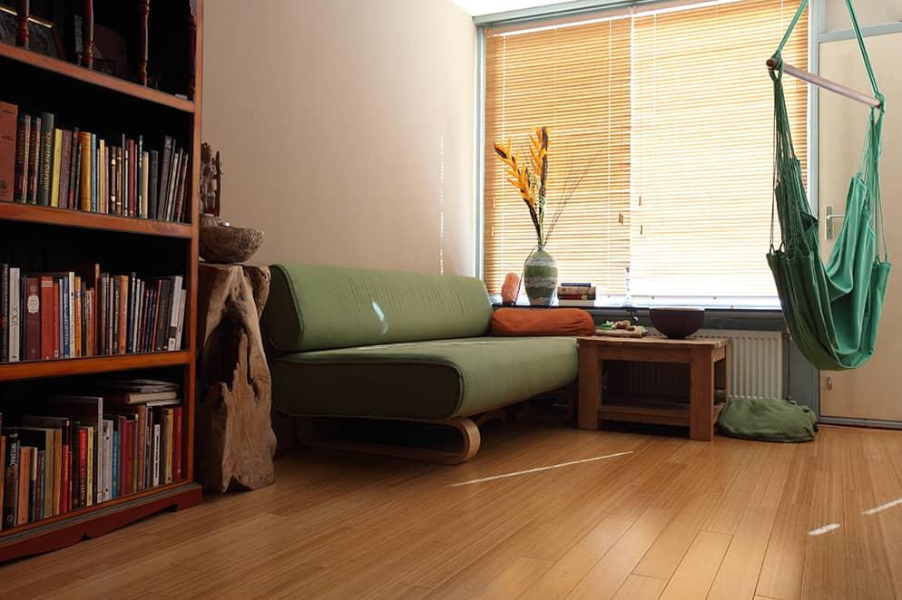 bambusparkett massivstab purebamboo karamell vertikal matt lackiert bambus komfort. Black Bedroom Furniture Sets. Home Design Ideas